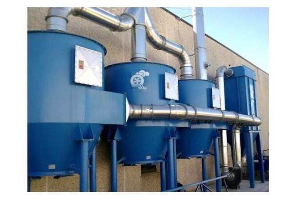 Sistema composto da tre filtri a carboni attivi e un filtro a maniche
