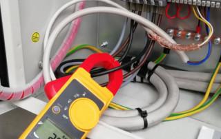 Applicazione 1: collaudo con pinza amperometrica per verificare il funzionamento del ventilatore