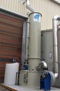 Applicazione 3: Scrubber in PP con ventilatore e sistema dosaggio